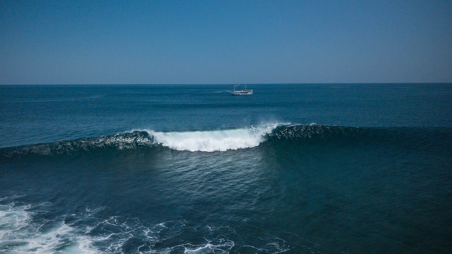 surfing east sumbawa royal fortuna cruises
